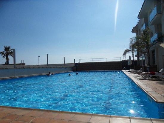 Hotel Port Sitges: Pool.