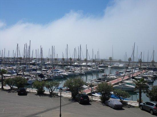 Hotel Port Sitges: Port.