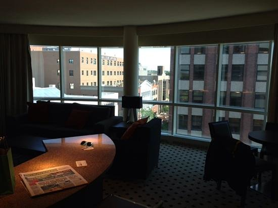 Radisson Plaza Hotel at Kalamazoo Center: Business Suite: Wraparound Windows