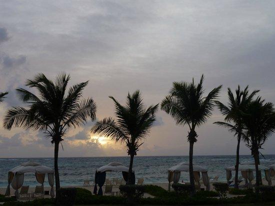 The Westin Dawn Beach Resort & Spa, St. Maarten: Sunrise from our room