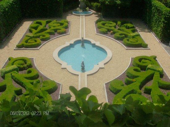 Hillwood Museum & Gardens: Garden