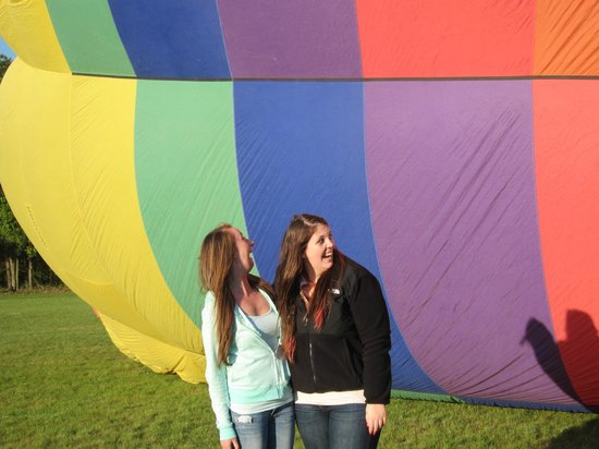 Sunkiss Ballooning: The birthday girl as the balloon inflates