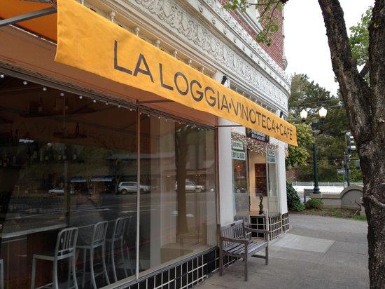 San Anselmo, CA: La Loggia