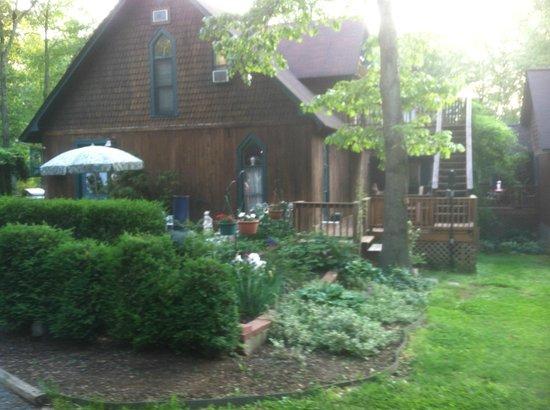 Ebenezer House B&B: One angle of the incredible house