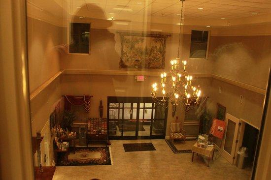 Comfort Suites : view from 2nd floor