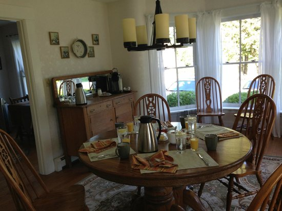 وودبريدج إن: Dining Room