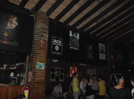 Club Roxy: Buen Lugar
