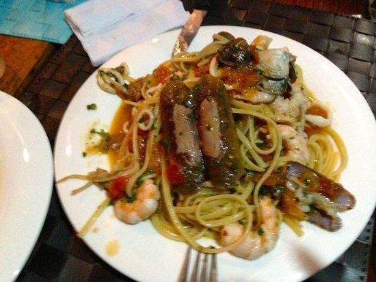 Nosara Playa Garza Hotel : pasta with fresh seafood