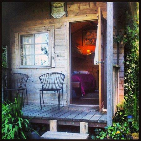 Wayfarer's Rest: Sailor's Rest Cabin