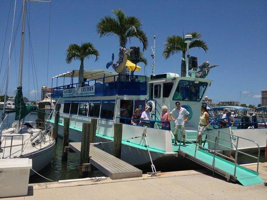 LeBarge Tropical Cruises: Le Barge