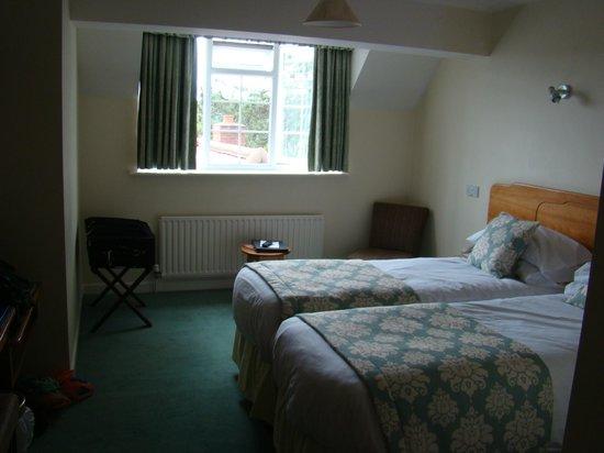 Beaulieu Hotel : Spacious room.