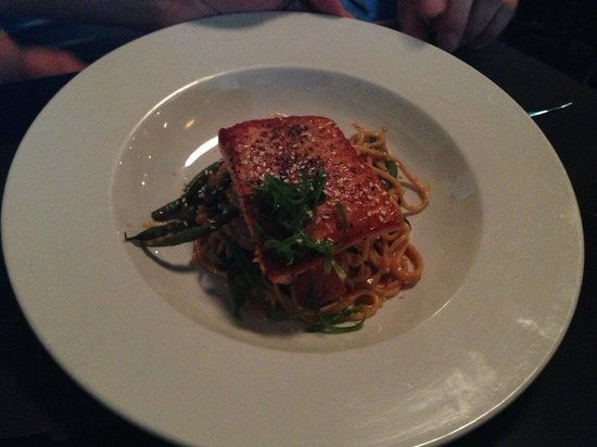 Strip Club Meat and Fish : salmon with linguine