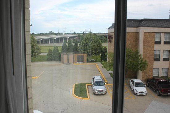Clarion Inn: Our room view