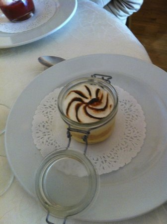 Auberge la Bartavelle: Lemon deconstructed tarte