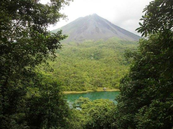 Los Lagos Hotel Spa & Resort: Volcano Observation Area