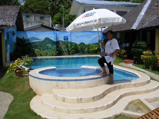 Blue Ribbon Dive Resort: Swimming Pool