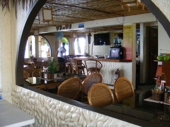 Blue Ribbon Dive Resort: Restaurant