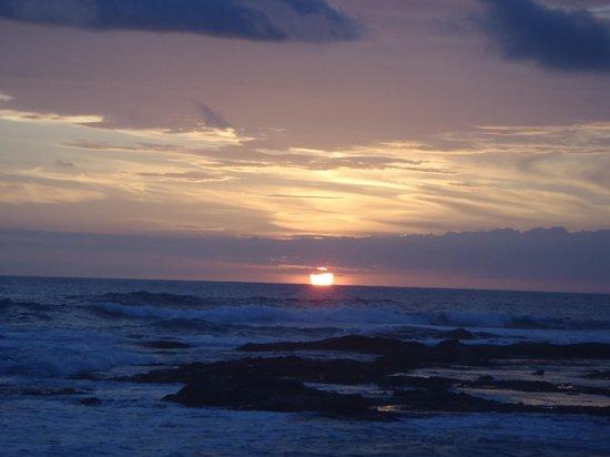 Sueno del Mar Beachfront Bed & Breakfast : Unbelievable sunset at Sueno Del Mar