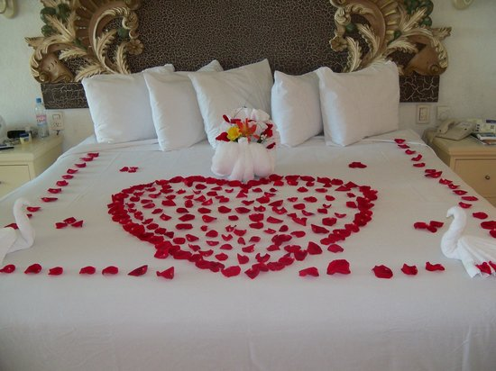 Gran caribe resort: they decorated our bed for our anniversary