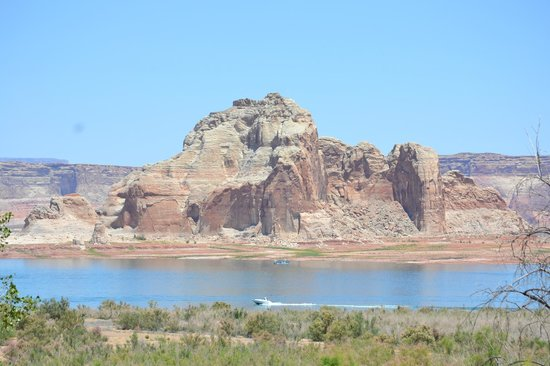 Wahweap Campground : The view from our campsite