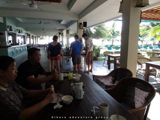 Dolphin Bay Resort: hotel's cafe