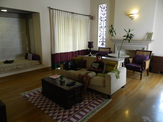 Tree of Life Resort & Spa Jaipur: Living room