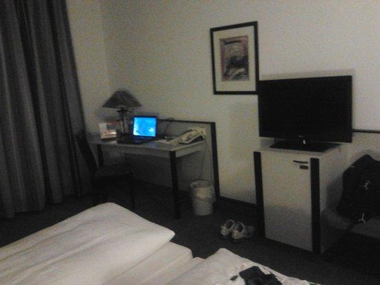 City Hotel Fortuna: Camera