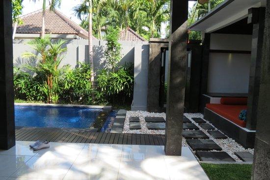 Samaja Beachside Villas: pool