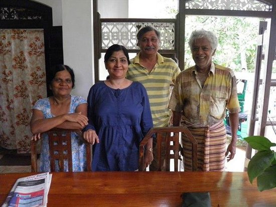 Home Stay Strand: Sanjiv & NRita Passi from Delhi, India