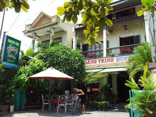 Hoang Trinh Hotel: hotel