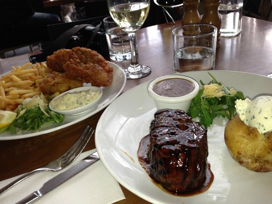 Manly Grill: Eye fillet. Dory and fries.