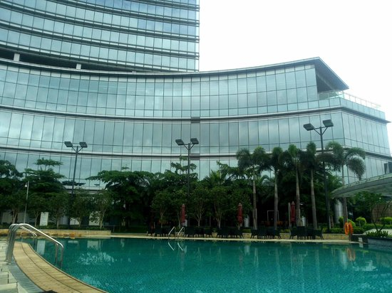 Crowne Plaza Huizhou : Outdoor pool