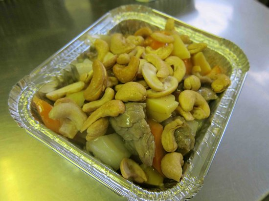 Hing's Cantonese Takeaway: Beef with Cashew Nuts