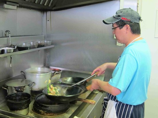 Hing's Cantonese Takeaway: Hing's Chinese Takeaway Chef at work!
