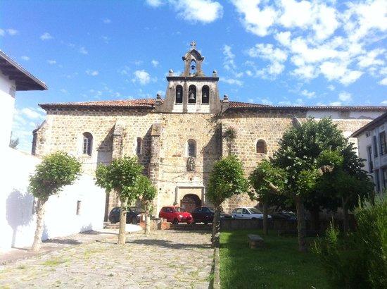 Antigua capilla y convento de Santa Ana