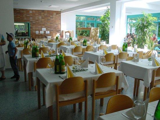 Jugendgästehaus: Speisesaal