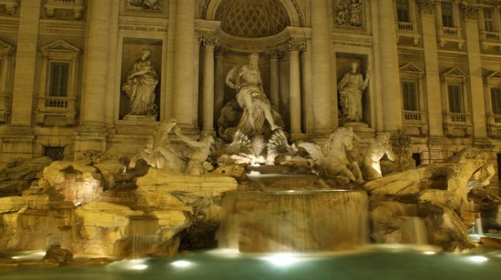 Europe Odyssey Tours: Trevi Fountain