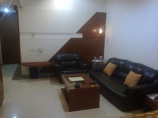 Sports Club Gujarat : Spacious Living room.