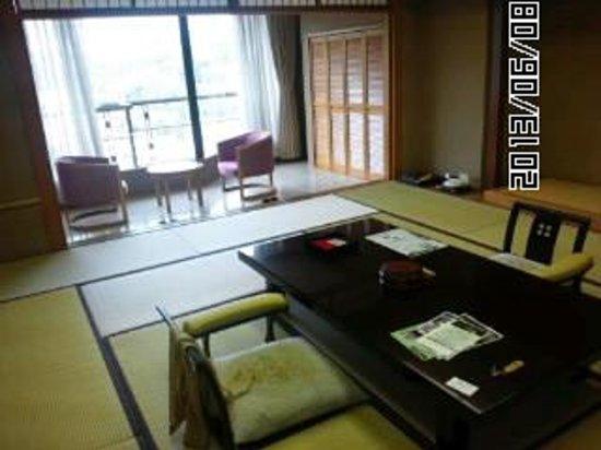 Arima Onsen Hotel Kinzan : お部屋の写真です。