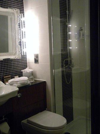 The Drayton Court Hotel: La salle de bains