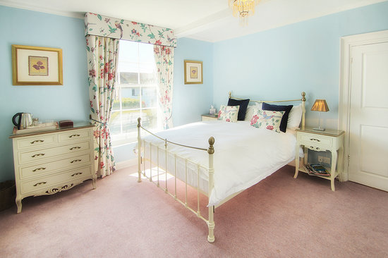 Boreham House Bed and Breakfast: Kingswell Room