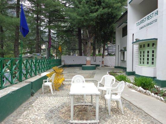 GMVN Tourist Rest House Gangotri: GMVN Rest House Gangotri 2