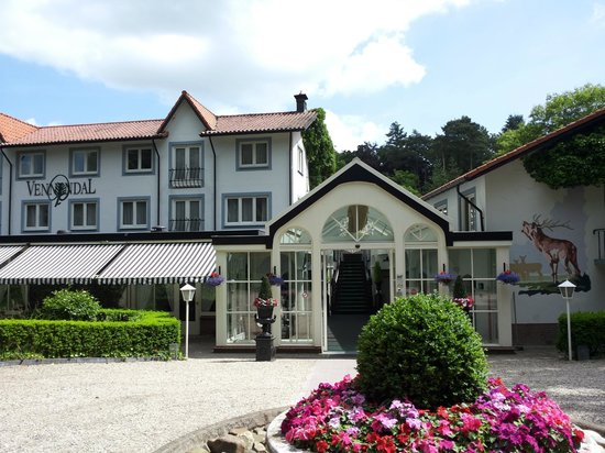 Landgoedhotel Villa Vennendal: Vooraanzicht Villa Vennendal