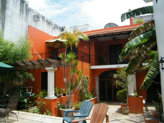 Luz En Yucatan: Poolside Room... 2nd floor at the left