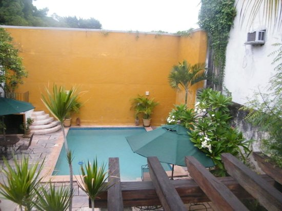 Luz En Yucatan: Poolside Room... view from balcony