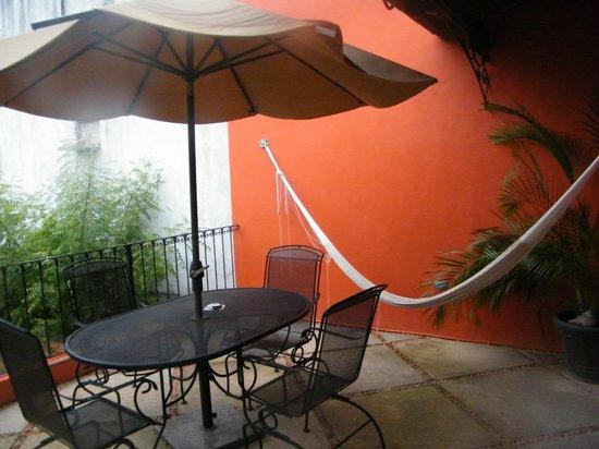 Luz En Yucatan: Pooside Room... Balcony with the Hamaca!