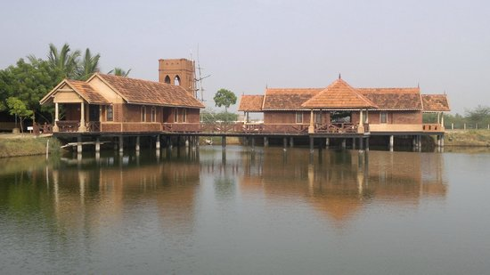 Velankanni lake resort 27 3 3 prices villa reviews india tripadvisor for Hotels in velankanni with swimming pool