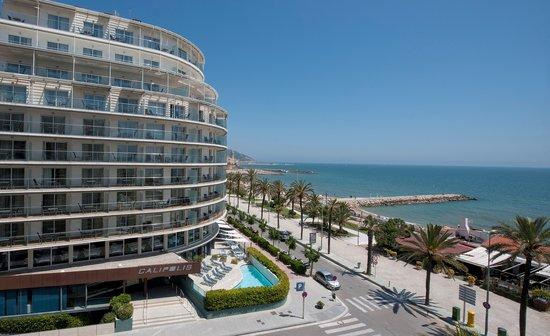 Hotel Calipolis: HOTEL FACADE