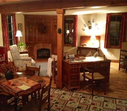 Youngsville, NY: Downstairs