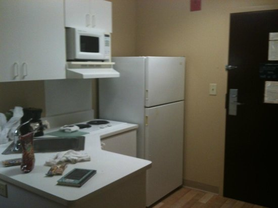 Extended Stay America - Wilmington - New Centre Drive : Kitchenette